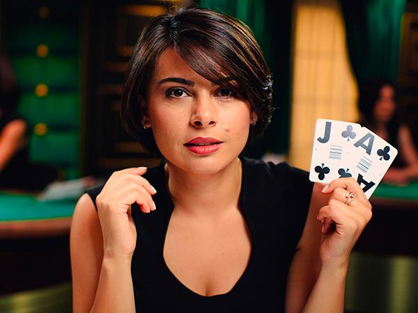 Blackjack: €50 - €5,000