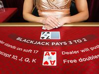 Blackjack: €35 - €1,500